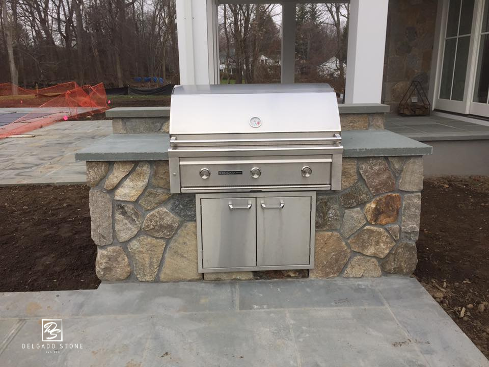 Split Field Outdoor Kitchen (1)