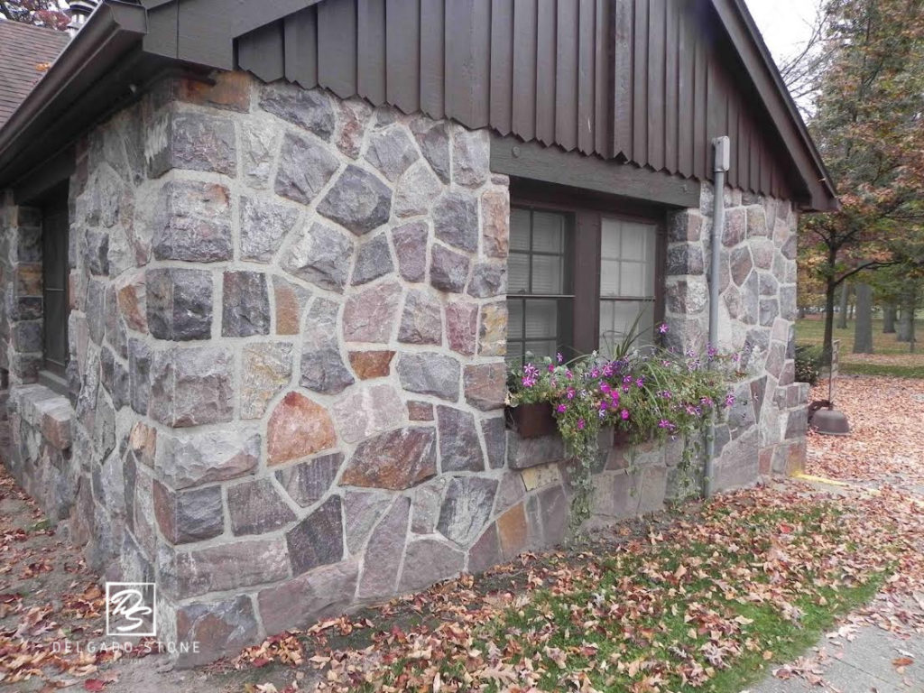 Split Fieldstone Mosaic Siding